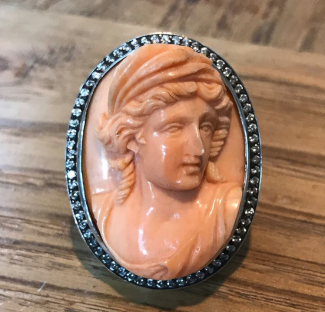 Coral Cameo
